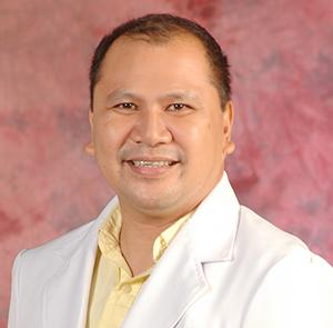 DR. JULIAN SR.