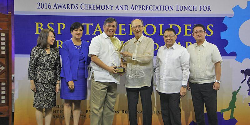 BSP Confers 2 'eagle' Awards To LGU – Pangasinan
