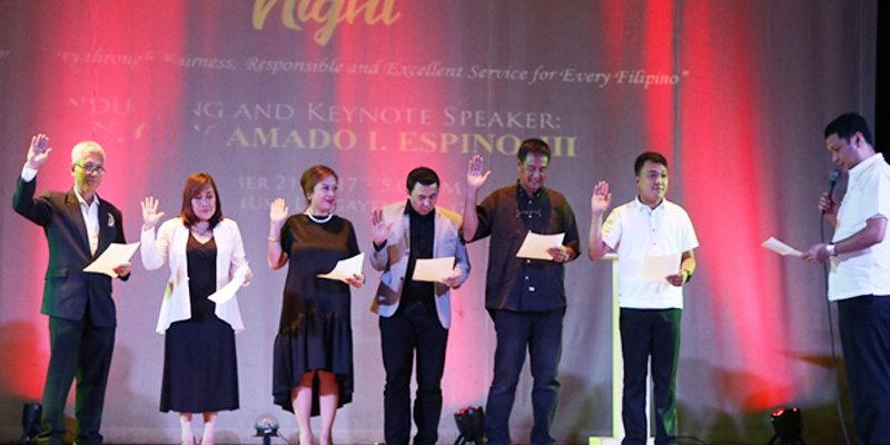 Governor Amado I. Espino, III leads the oath-taking ceremonies of the re-elected officers of the Kapisanan ng Broadcaster ng Pilipinas
