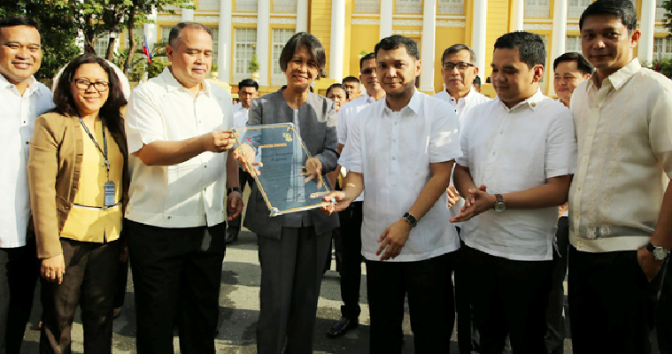 CSC CONFERS BRONZE AWARD TO PROV'L GOVERNMENT