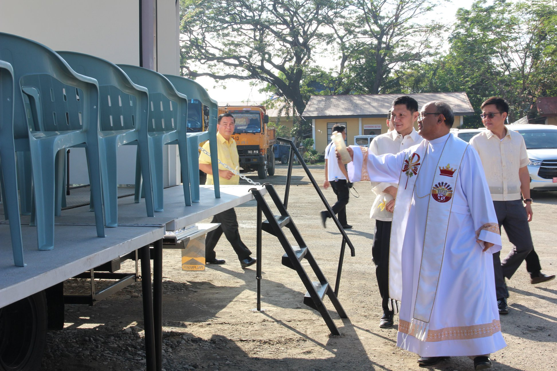 blessing of vehicles (3)